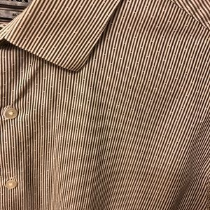 Patterned slim fit button-down